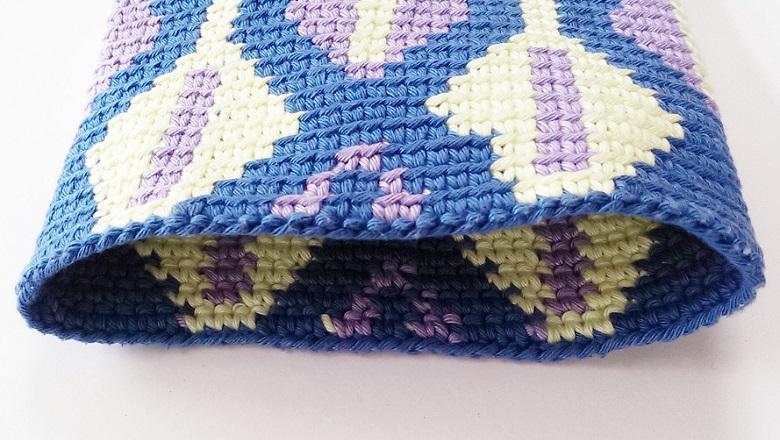 Tapestry Crochet Tutorial For Beginners : Tapestry Crochet for Beginners #1 ? Crocheting a cushion ...
